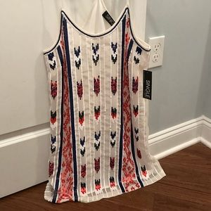 Dresses & Skirts - NWT sequined racetrack dress. Beautiful detail!